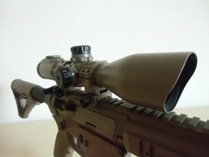 UTG SWAT 3-12x44 Right