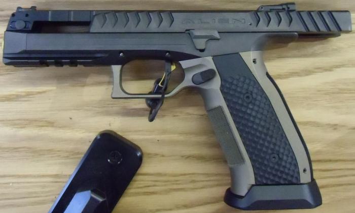 Laugo Arms 03