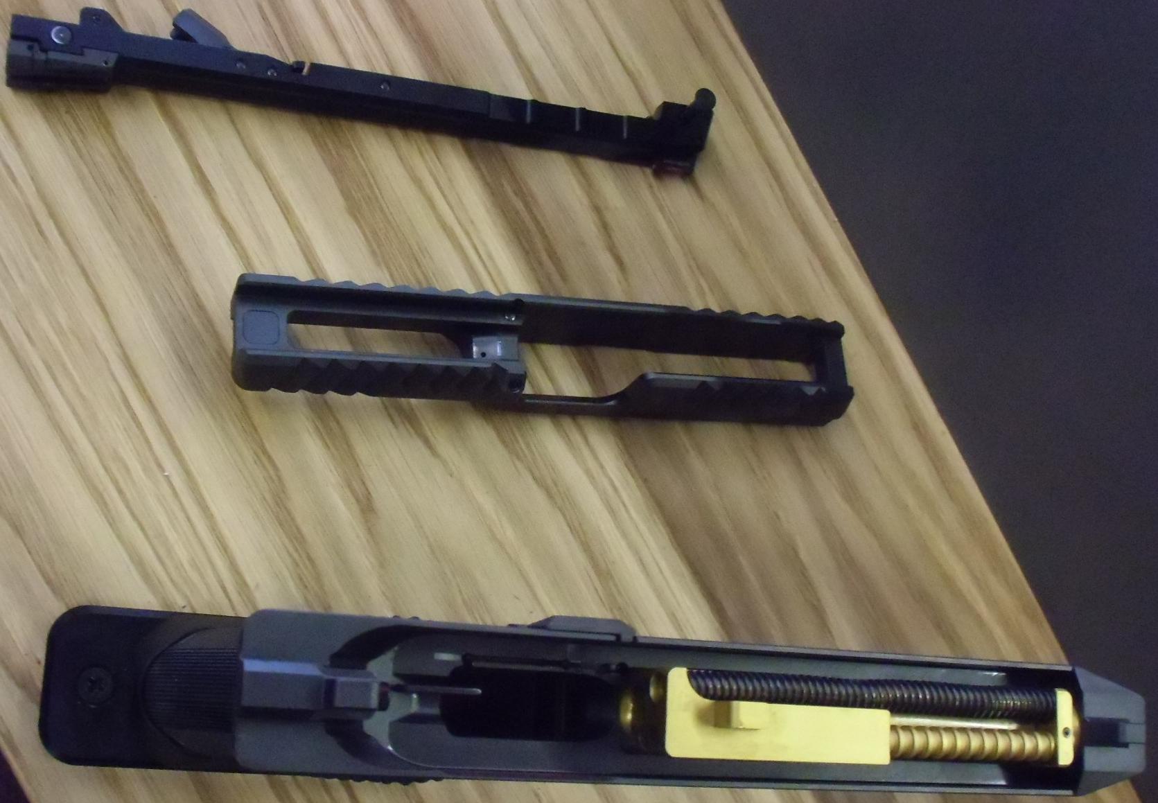 laugo-arms-09-1.jpg